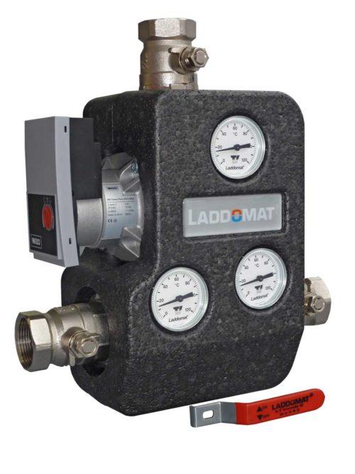 Atmos Laddomat 22 s uspornym obehovym cerpadlem WILO 15 - 100 kW, armatura pro ochranu proti nizkoteplotni korozi